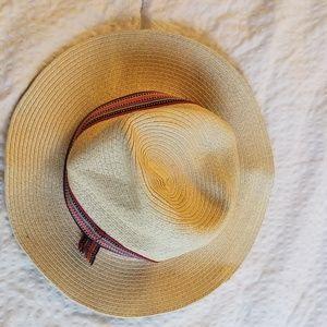 Neutral Sun Hat